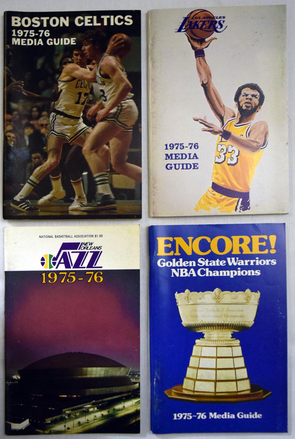 1975 Program  1975-6 NBA Full Media Guide Run (16 pcs) Ex-Mt/NM