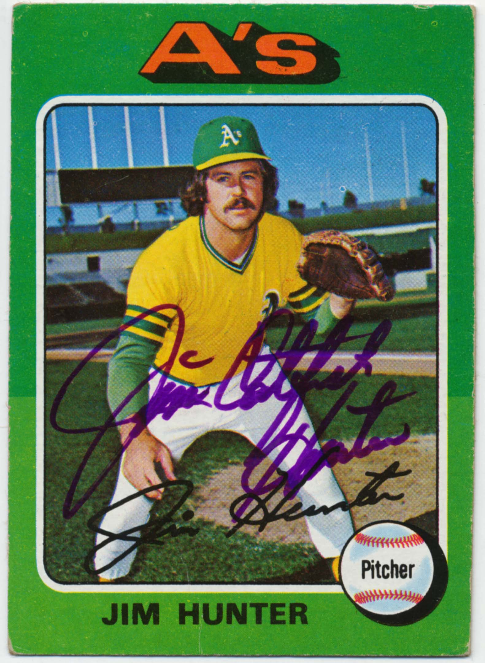 Lot #65 1975 Topps # 230 Jim Hunter Cond: 9.5