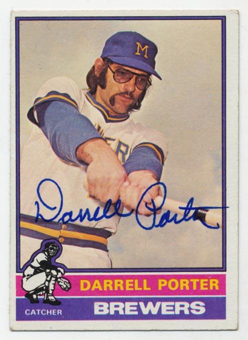 Lot #97 1976 Topps # 645 Darrell Porter Cond: 9.5