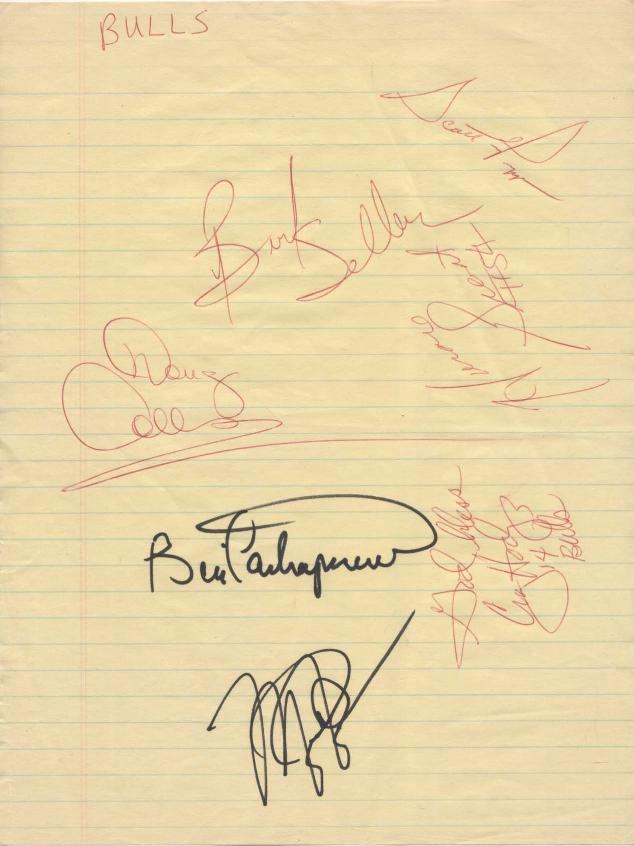Lot #940  Team Sheet  1988/89 Bulls w/Jordan & Pippin Cond: 9