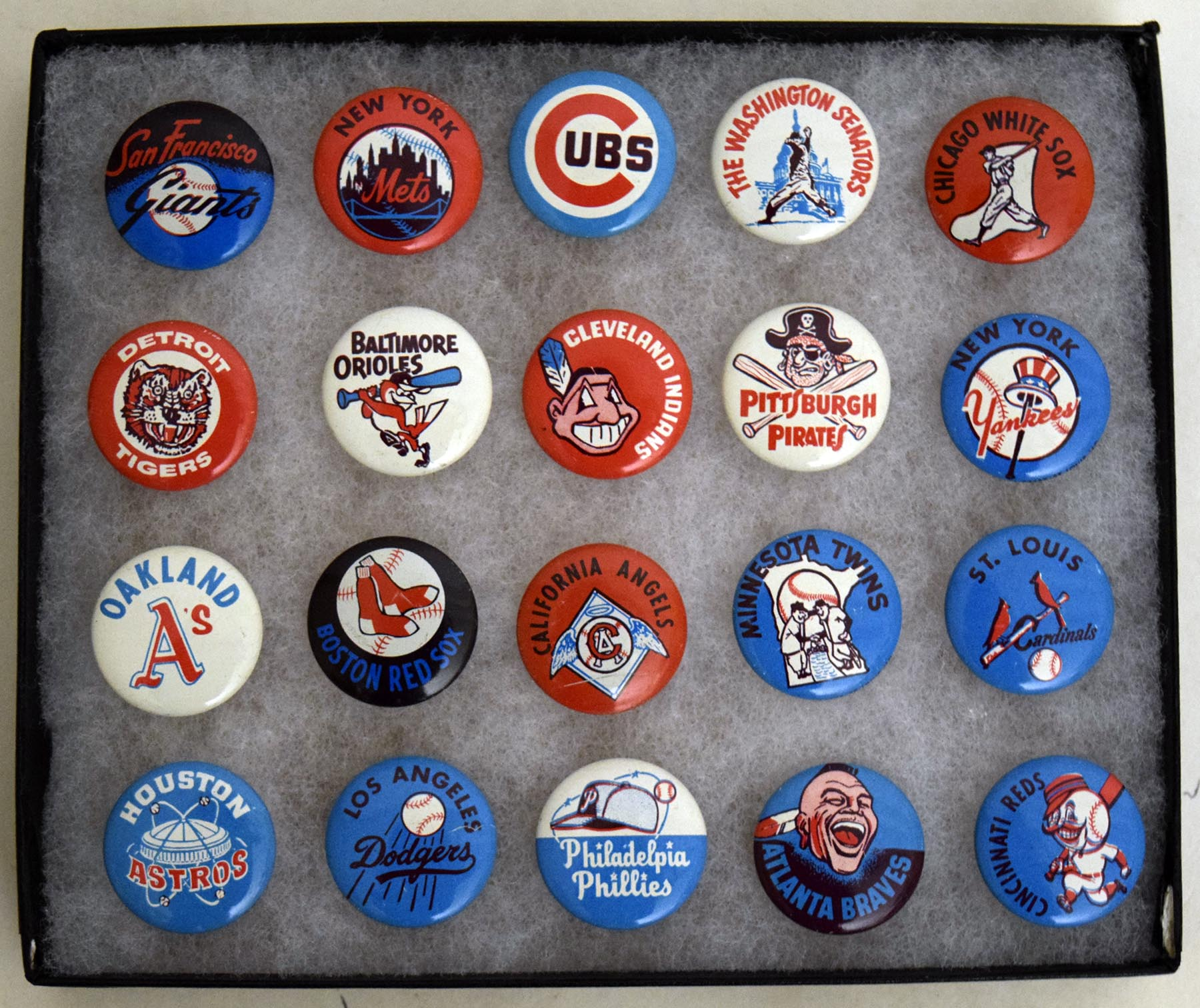 Lot #1457 1967 Krey Meats Advertising  Complete Pin Set (20) Cond: Ex-Mt/NM