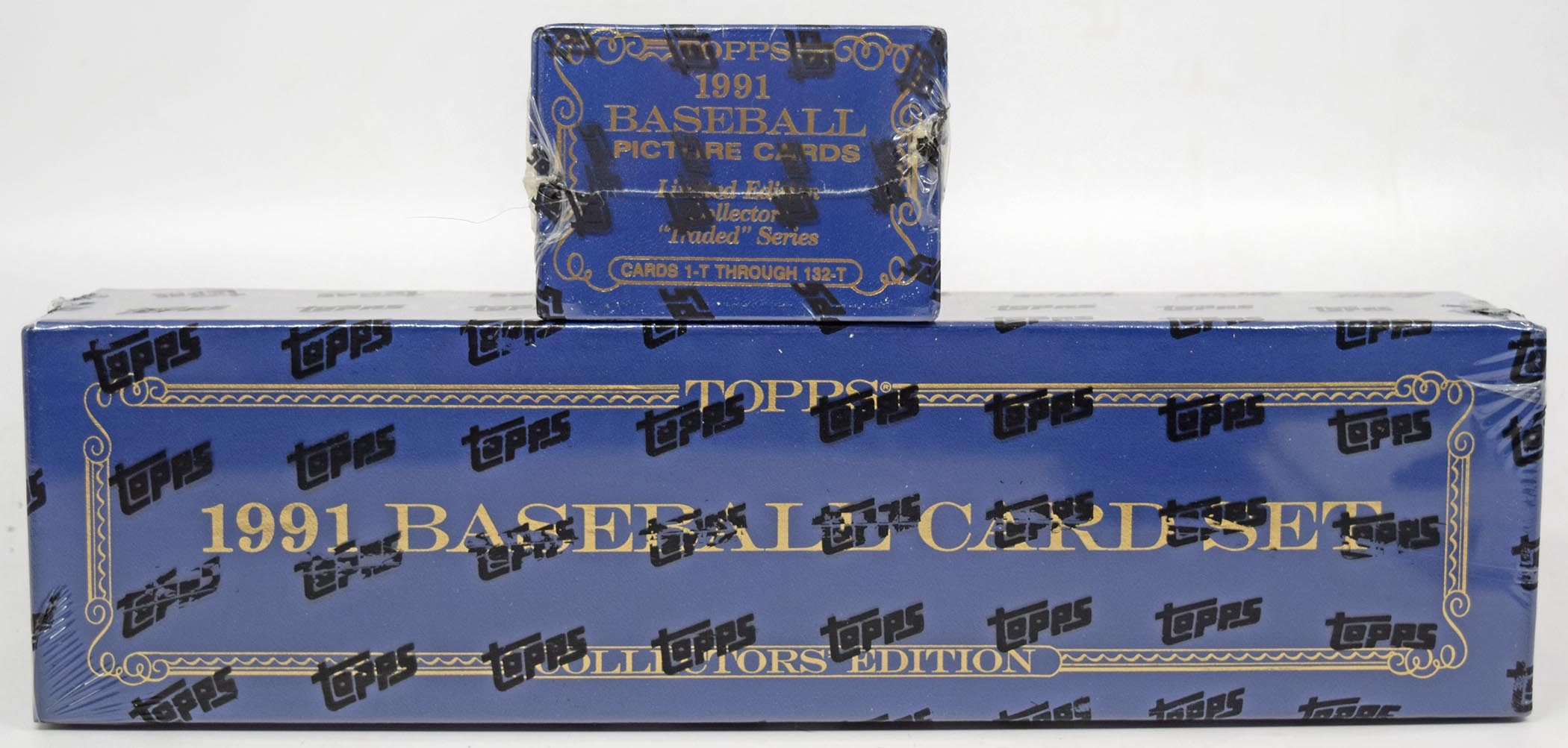 Lot #386 1991 Topps Tiffany  Complete Set + Traded Cond: Nm-Mt