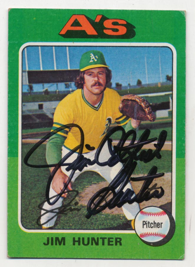 Lot #53 1975 Topps # 230 Hunter Cond: 9.5