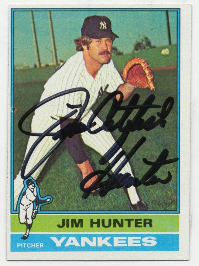 Lot #55 1976 Topps # 100 Hunter Cond: 9.5