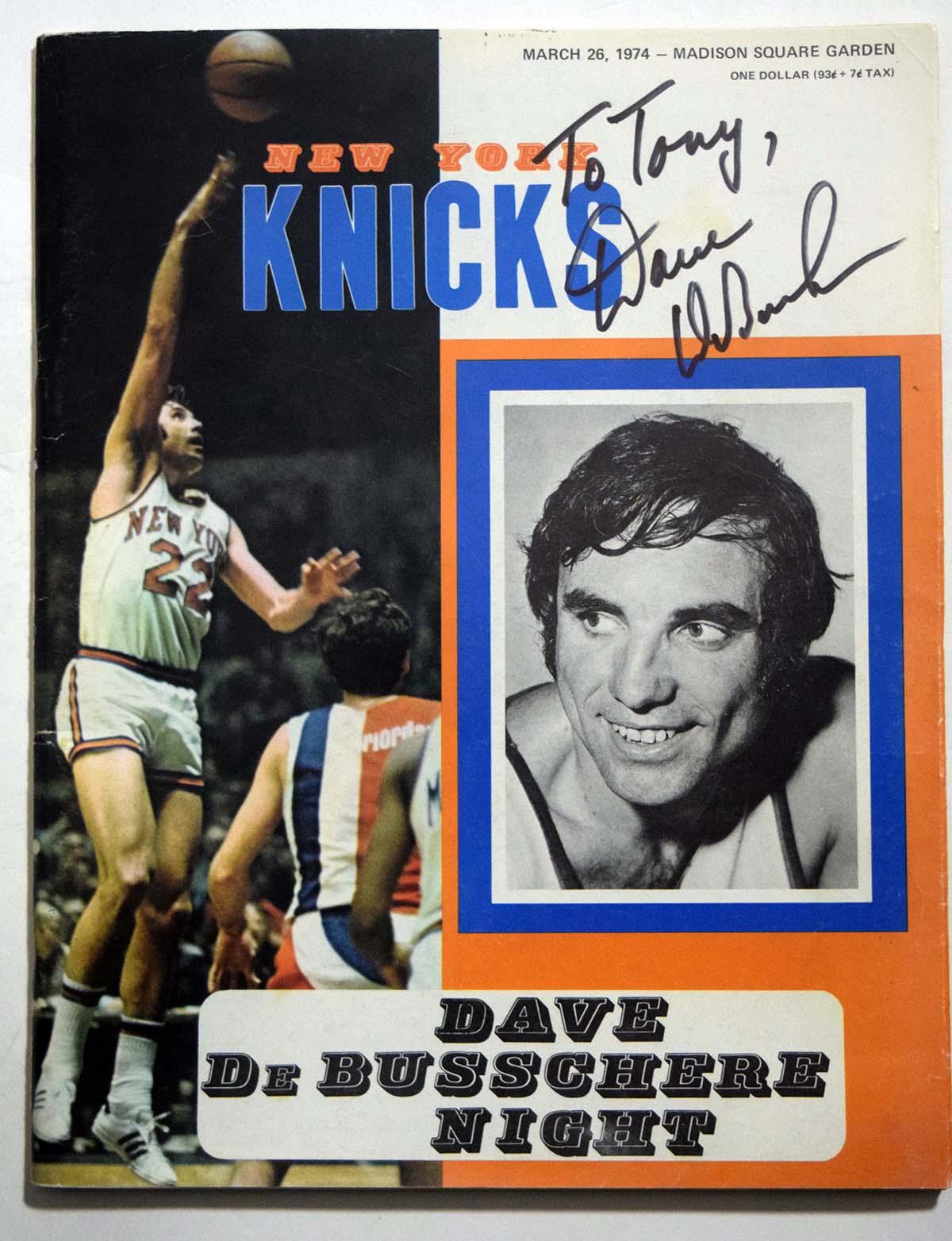 Lot #1018 1974 Program  Knicks (03/26/74) Cond: 9