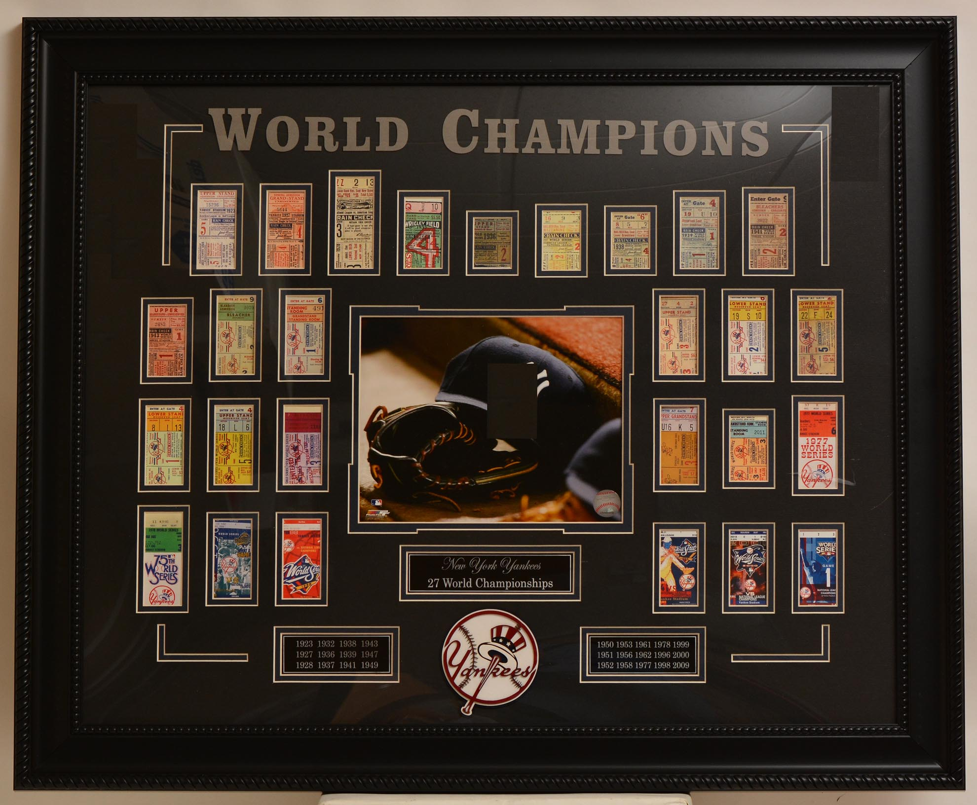 Lot #1286 2009 Ticket  NY Yankees World Championships Replica Ticket Display Cond: Nm-Mt
