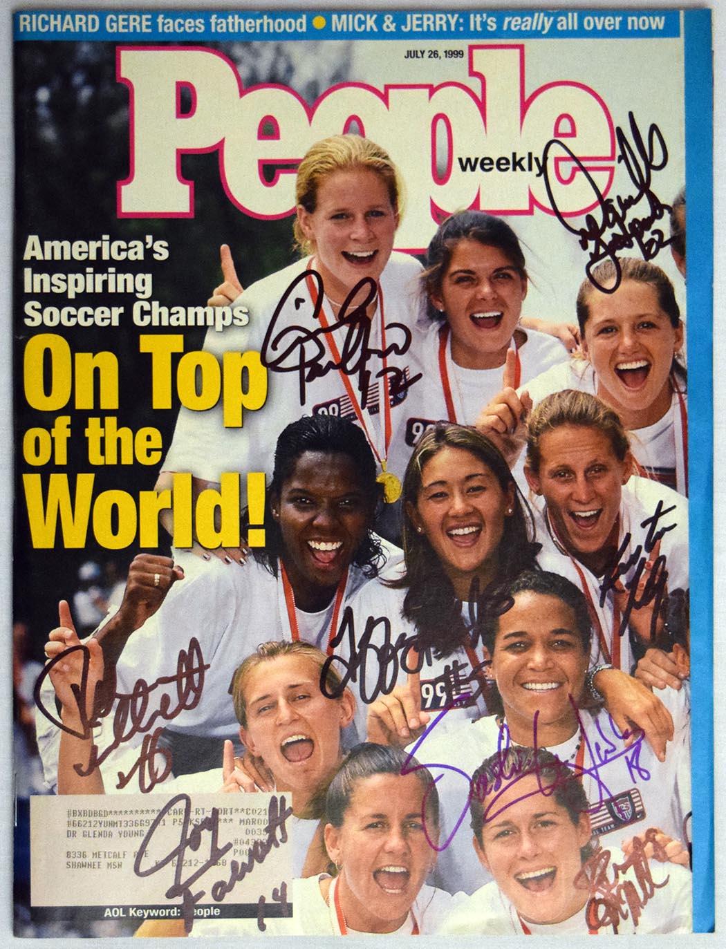 Lot #771  Program  U.S. Women's Soccer Team Signed 1999 People Magazine Cond: 9.5