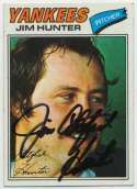 1977 Topps 280 Jim Hunter 9.5