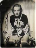 8 x 10  Dietrich, Marlene 9.5