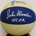 Auto Basketball  Wooden, John 9.5