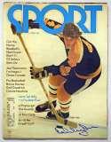 Program  Orr, Bobby Signed 1972 Sport Magazine 9.5