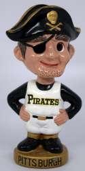 1965 Bobbin Head  Pittsburgh Pirates Figural Round Gold Base Ex